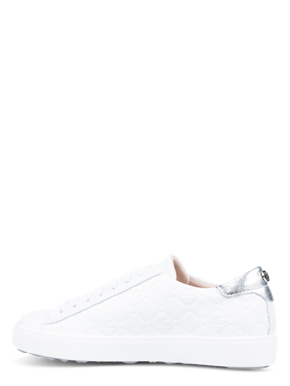 Bild von Sneakers mit Logo-Prägung