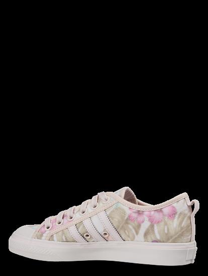Bild von Sneaker mit Blumen-Print