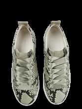 Bild von Sneakers in Schlangen-Optik